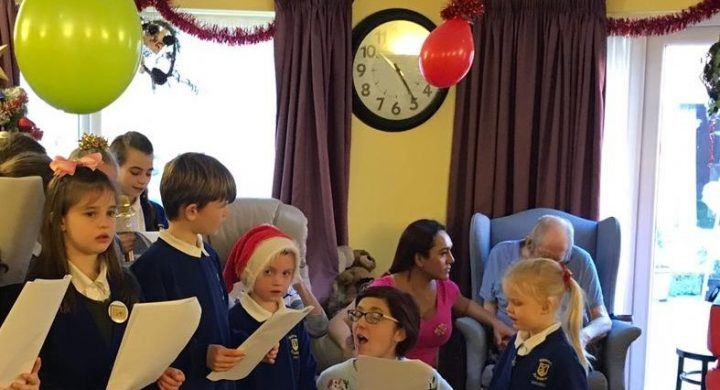 Image for Robinson House receives special Christmas gifts